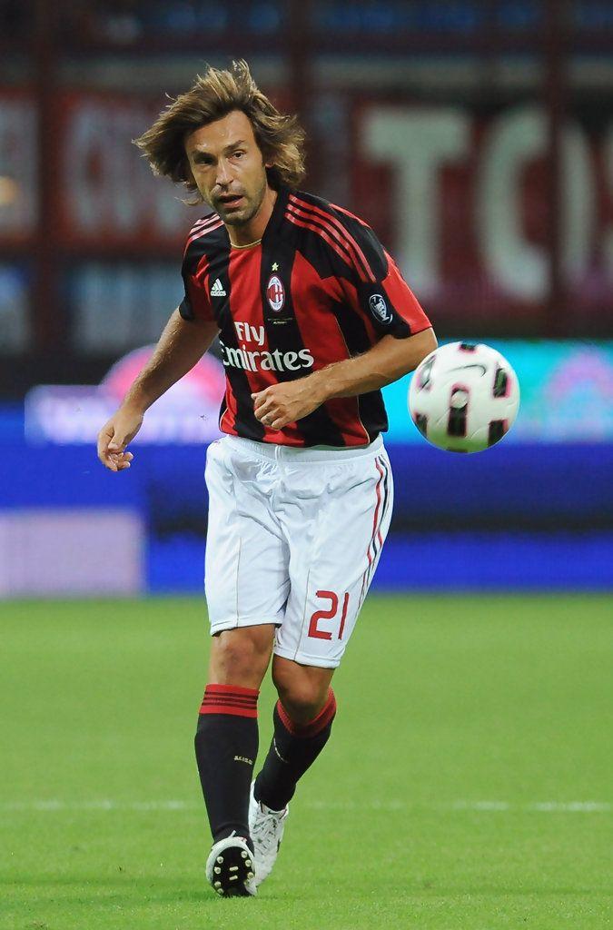 Andrea Pirlo con el dorsal 21 en el AC Milan
