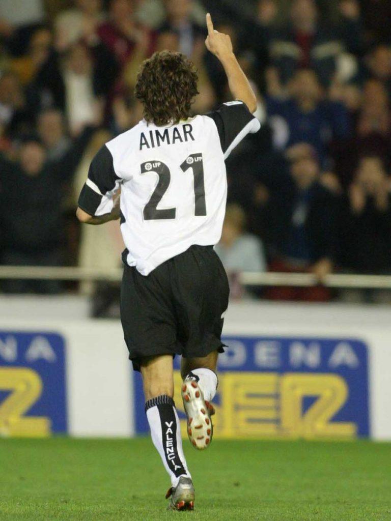 Pablo Aimar con el dorsal 21 a su espalda con el Valencia C.F.