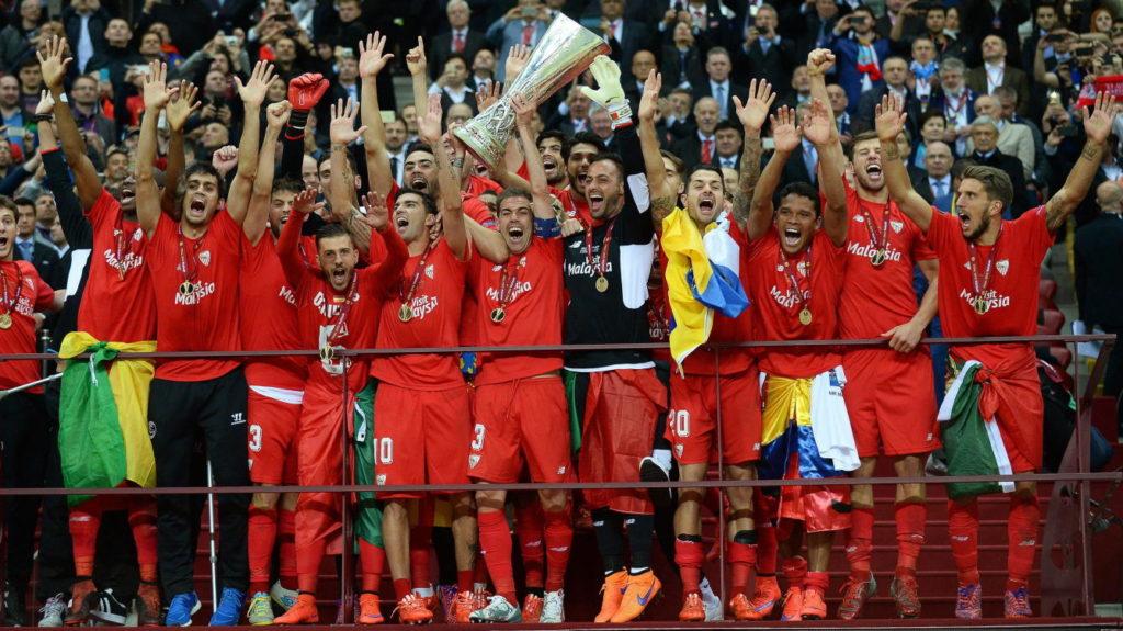 El Sevilla FC alza su cuarta UEFA Europa League la temporada 2014/15 al vencer al Dnipro ucraniano.