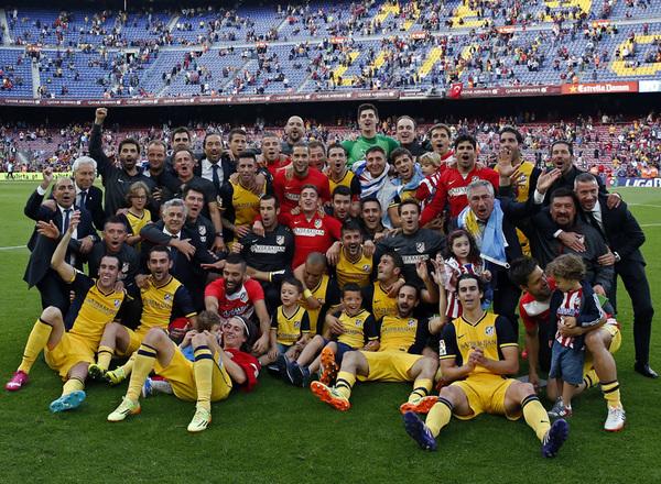 El Atlético de Madrid gana la Liga en 2014 en el Camp Nou. Fuente: Atlético de Madrid.