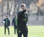 Pacheta-entrenador-SD-Huesca-el-náufrago-que-avistó-tierra