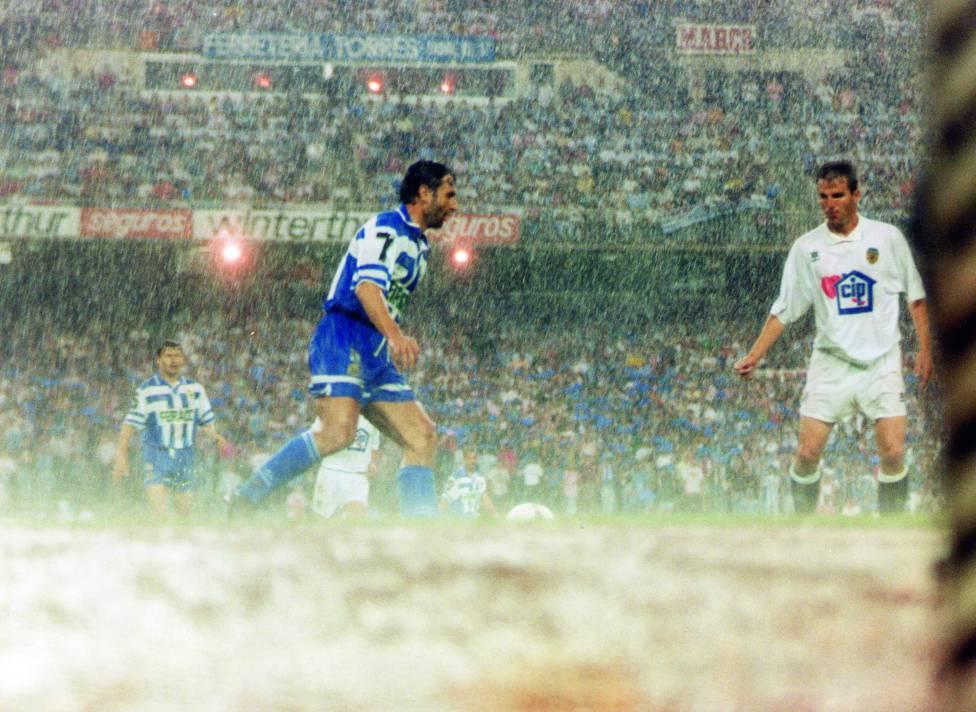 Final de la Copa del Rey 1994-1995 entre RC Deportivo de la Coruña vs Valencia. Superdepor Fuente: AS