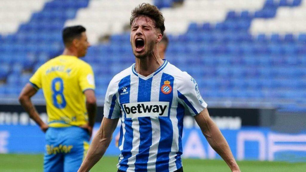 Javi Puado celebrando un gol con el Espanyol ante Las Palmas. Fuente: RTVE