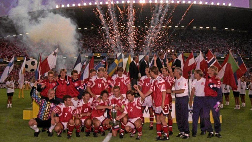 Dinamarca celebrando su única Eurocopa en 1992.  Fuente: AS