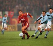 roma-y-lazio-gladiadores-del-estadio-olimpico-Serie-A-Francesco-Totti